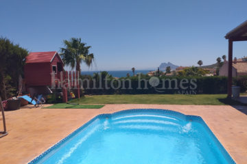 The Meadows, Alcaidesa, private pool with stunning views
