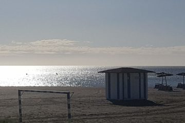 Sabinillas Beach early in the morning