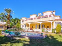 Grand villa with private pool