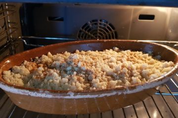 Apple crumble in the oven