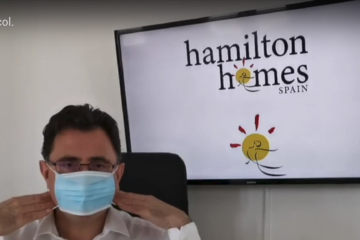 Andrew putting on a mask - Hamilton Homes Covid19 protocol