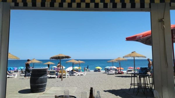 Chiringuito meson montes aldea beach