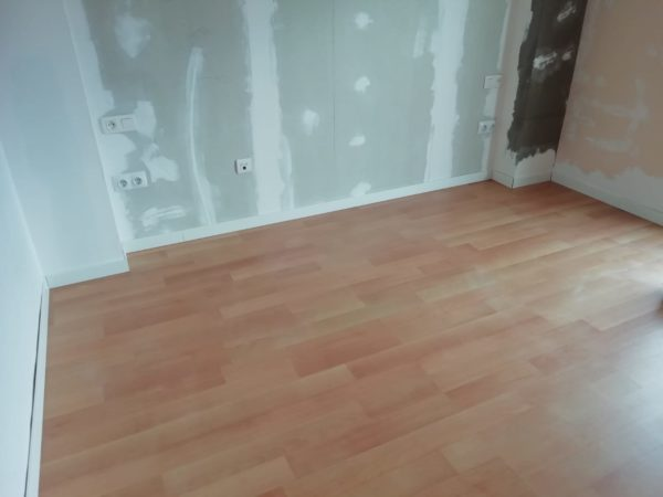Wooden floor lockdown manilva