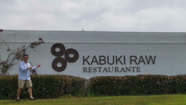 Kabuki Raw Japanese luxury signature Casares ventas restaurants Spanich cuisine traditional selfie