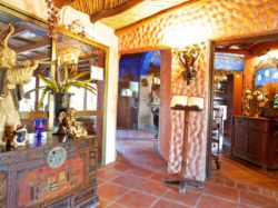 Entrance to main dining area in La Choza