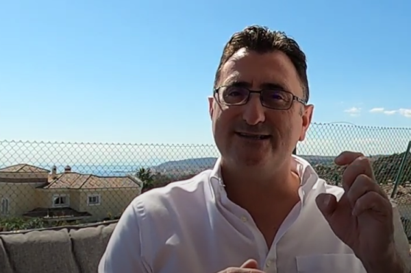 Andrew Hamilton talking about selling your property on the Costa del Sol