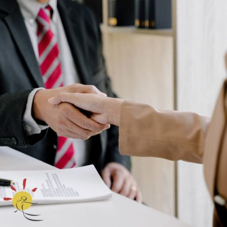 using a lawyer when selling in Spain